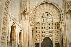 One of the large, intricate doors that lead the way into the Hassan II Mosque, Casablanca (Jonmikel & Kat-YSNP) Tags: casablanca morocco march 2007
