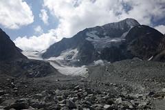 Pigne d'Arolla (Riverman___) Tags: alps switzerland val pignedarolla montblancdecheilon valais mountaineering outdoors sky mountain glacier hill hike alpinism scrambling climbing climb valdherens evolene arolla