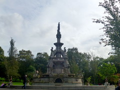 Stewart Memorial Fountain (8) (dddoc1965) Tags: dddoc davidcameronpaisleyphotographer september 23rd 2016 kenny ried glasgow buildings parks shop fronts fountain polish people churches mosque water