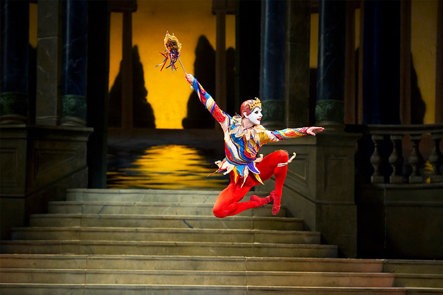 "Paul Kay as the Jester in Cinderella. Licensing clips and images. The Royal Ballet 2009/10 <a href=""http://www.roh.org.uk"" rel=""nofollow"">www.roh.org.uk</a>"