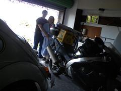 224.366 (2012) (Jacqi B (catching up)) Tags: selfportrait car bike self garage beetle days sp 365 rik jacqi 2012 bessie 366 gueststar 365days 4kat august2012 366of2012 nextdoorhadaparty