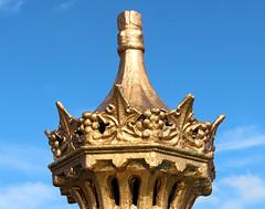 GWUK2012-161, Top of Victorian Drinking Fountain, Hoylake Promenade, Wirral (martin97uk) Tags: uk england fountain gold iron cheshire victorian drinking victoria prom cast promenade guessed wirral hoylake guesswhereuk ukguessed gwuk guessedbydavid99b