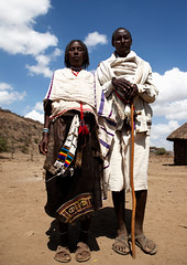(Constantine James) Tags: africa old love senior rural couple african traditional husbandandwife husband tribal elderly elder wise land wife afrika wisdom ethiopia tribe elders seniors africain afrique hornofafrica tribu ethiopian manandwife ethiopie tribale tribus ethiopien cornedelafrique karayu karrayyu karrayyuu