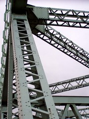 Runcorn 15 Nov 08 072 (DizDiz) Tags: bridge cheshire girders olympusc720uz