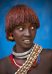 Bana tribe woman, Dimeka, omo valley, Ethiopia (Eric Lafforgue) Tags: africa portrait pierced people haircut color girl vertical wall youth hair outside outdoors photography necklace day young earring culture tribal beautifulwoman omovalley tradition ethiopia tribe ethnic hairstyle beautifulpeople oneperson lookingaway traditionalculture hornofafrica ethnology headandshoulders omo eastafrica bluebackground braidedhair traditionalclothing realpeople colorimage coloredbackground waistup oneteenagegirlonly dimeka africanethnicity pastoralist semidress snnpr 8952 oneadult southernnationsnationalitiesandpeoplesregion hamerbenaworeda ethiopianethnicity oneteenager