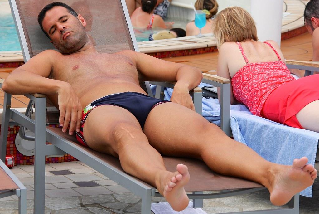 nude guys bare feet