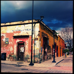 sin titulo (the world seen through my eyes) Tags: mexico oaxaca mx 2012 iphone oaxacadejuarez lreyesgonzalez hipstamatic verano2012 agosto2012
