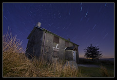 Nuns Cross Farm Startrail (RattyBoots) Tags: longexposure night canon 7d dartmoor startrail canon1022 singleexposure nunscrossfarm
