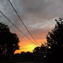 After the storm #rahwaynj #sunset #cloud (Sivyaleah (Elora)) Tags: sunset new jersey rahway cloud