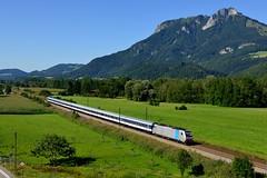 Railpool 186 286 Kirnstein (4460) (christophschneider1) Tags: kbs950 kirnstein oberbayern inntal meridian ersatzverkehr nationalexpress nx nwagen railpool traxx 186 186286 bombardier lokomotion m79413