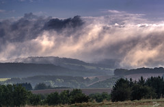Early morning (s.lang534) Tags: natur landschaft landsacpe nature cloud wolken august frhmorgens lumixg5 sonnenaufgang sunrise nebel fog