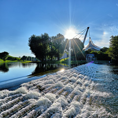 Olympic Park in Munich - Olympiapark in Mnchen (W_von_S) Tags: olympicarena olympiastadion olympiapark olympicpark munich mnchen bavaria bayern wasser water sonne sun sommer summer august 2016 wvons werner sony outdoor gegenlicht backlight