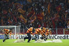 gs (l3o_) Tags: galatasaray sar krmz red yellow football futbol cfr cluj champions league ampiyonlar ligi