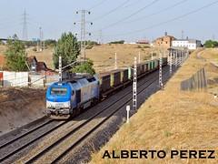 La primera de la serie (335.001) (alberto vtr) Tags: madrid train tren ferrocarril madrileos 335 enlaces mercancias bobinas montecarmelo vossloh comsa tramesa 335001