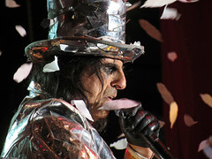 20120808_42 Alice Cooper at Liseberg | Gothenburg, Sweden (ratexla) Tags: show life people musician music man men guy celebrity rock musicians gteborg person concert europe artist tour rockstar sweden earth live famous gothenburg gig performance guys dude entertainment human liseberg artists rockroll horror shock celebrities sverige celebs rocknroll musik dudes scandinavia celeb humans scandinavian konsert 2012 alicecooper goteborg tellus homosapiens organism storascenen photophotospicturepicturesimageimagesfotofotonbildbilder notintheeternityset canonpowershotsx40hs 8aug2012
