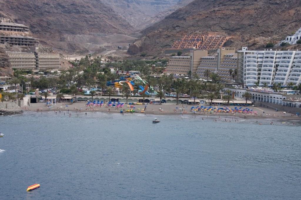 """Playa de Taurito.Fotos Aéreas """"Costa tu by El Coleccionista de Instantes, on Flickr"""