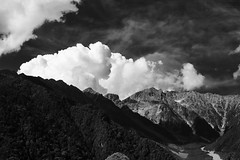 midday in Kamikochi, Nagano, Japan (StephenCairns) Tags: blackandwhite bw mountains japan clouds canon  nocrop   nagano kamikochi cpl northernalps japanesealps  circularpolarizerfilter     stephencairns canon5dmarkii japanesenorthernalps 3000mabovesealevel about1500metershigh yahoohasalotofworktodotocatchupwithgooglesmappingservicegeotaggingimagesisadragwithyahoossetup