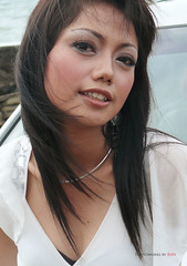 Damn! I Love Her (raw photoworks) Tags: canoneos50d riafitriasarisexyhotindonesianmodel