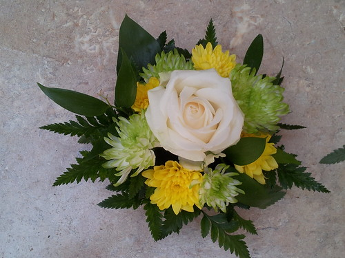 Flower posy for a dining charter train