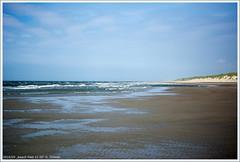beach Paal 12 III (xlod) Tags: sea sky cloud holland beach nature water netherlands strand landscape meer wasser surf dune natur himmel wolke wave northsea aussicht landschaft nordsee welle texel dne niederlande brandung scenicview