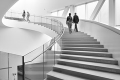 Transition (Elf-8) Tags: stair poeple architecture curve modern white transition