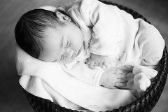 Birth (cline._.photographie) Tags: young cute champs child children innocence softness passion kids nikond600 nikon intrieur 2 weeks photography photographer photographie photo profondeur birth