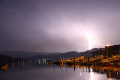 Un rayo en Marn (Contando Estrelas) Tags: combarro galicia pontevedra marn espaa spain rayo relmpago raio treboada tormenta storm lightning flash