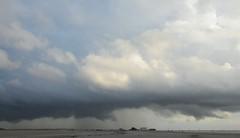 Regenneigung in St. Peter-Ording; Eiderstedt, Nordfriesland (7) (Chironius) Tags: eiderstedt nordfriesland schleswigholstein deutschland germany allemagne alemania germania    ogie pomie szlezwigholsztyn niemcy pomienie stpeterording nordsee meer see wolken clouds wolke nube nuvole sky nuage  himmel ciel cielo hemel  gkyz northsea mardelnorte maredelnord merdunord