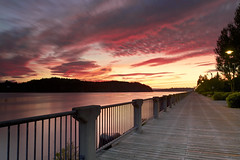 Lever du jour sur la riviere Saguenay du 06-09-2016 (gaudreaultnormand) Tags: 2016 canada chicoutimi leverdesoleil longexposure longueexposition quebec riviere saguenay sunrise