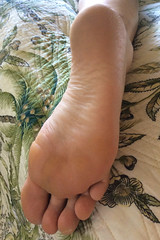 IMG_0946 (thermosome) Tags: foot feet wrinkled soles mature
