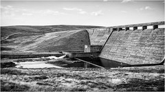 Cow Green . (wayman2011) Tags: canon50d lightroom wayman2011 bwlandscapes mono reservoirs dams rivers rivertees pennines dales teesdale cowgreen countydurham uk