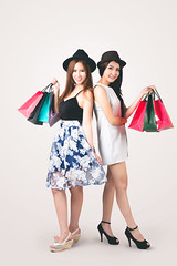 Shopping (Patrick Foto ;)) Tags: adult asian attractive background bag beautiful beauty cheerful color colour concept fashion female friends fun girl happiness happy hat holding isolated joyful lady lifestyle looking people person portrait pretty relationship sale shopaholic shopper shopping smiling standing studio teen teenage teenager thai thailand tone two vintage white women young