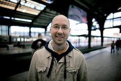 teammate (Fa.bian) Tags: portrait man berlin smile station train dof bokeh wide bahnhof casual commuting teammate bokehlicious canoneos5dmarkii canonef24mmf14liiusm