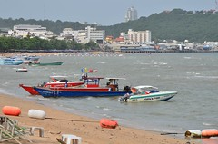Pattaya Beach (peter taufik) Tags: ocean travel sea beach thailand photography photo nice nikon asia picture southeast capture pattaya d7000