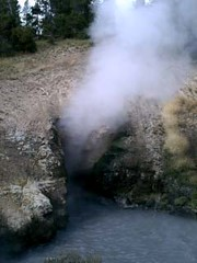 Thermal fissure at Yellowstone National Park (The Lemonade Digest) Tags: family buffalo waterfalls yellowstonenationalpark van nationalparks geysers
