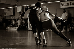 20120826.Oly-Texas_0935 (Axle Adams) Tags: sports rollerderby rollergirls skaters olympia derby skates oly texasrollergirls skateland txrg olyrollers texecutioners cosanostradonnas