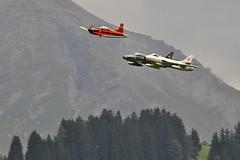 Swiss Air Force (Sébastien Locatelli) Tags: plane airplane nikon swiss aviation bleu pilatus di british hunter 70300mm tamron stephan vc berner hawker usd 2012 sankt oberland luftwaffe lenk simmental pc7 hunterfest d5000 hunterverein