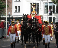 IMG_1278b (dutchdude070) Tags: sexy men dutch royal uniforms hunks 2012 prinsjesdag