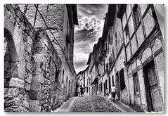 Rua de Fras (vmribeiro.net) Tags: geotagged calle spain espanha mercado fras geo:lat=42762425 geo:lon=329427