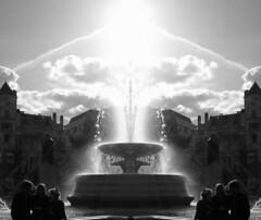 Trafalgar Square (Monsieur Tout Le Monde) Tags: sunlight white black london water fountain sunshine angel reflections square mirror gallery trafalgar nelson vision national domi coloumn dominickillworth