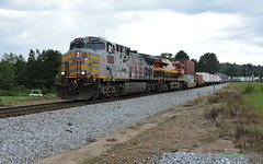 KCS 4578 leads NS Train 24E in Waco, GA (RedneckRailfan610) Tags: ns kcs kcs4578 norfolk southern east end district birmingham alabama division waco georgia god ga ge grey intermodal train trains railroad 24e
