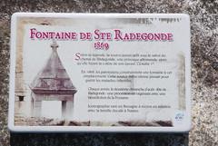 RIANTEC : La Fontaine Sainte-Radgonde (guyfogwill) Tags: guyfogwill france brittany fontaine morbihan guy bretagne 2016 lafontainesainteradgonde riantec fra