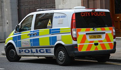City of London Police, Mercedes Vito, Dog Section (CP72 - LC08 UZR) (Chris' 999 Pics) Tags: old uk blue light england woman man film speed lights bill pc nikon bars pix order fuji cops united nick fine blues samsung kingdom cop finepix copper and fujifilm service law hd enforcement breakers emergency 112 siren coppers arrest policeman 999 constable 991 twos strobes policing lightbars rotators d3000 leds s2750