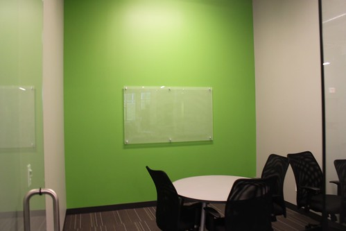 how to clean glass whiteboard