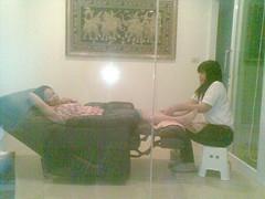 aug12 771 (raqib) Tags: holiday mobile thailand foot mms bangkok massage phuket relaxation rc iphone footmassage