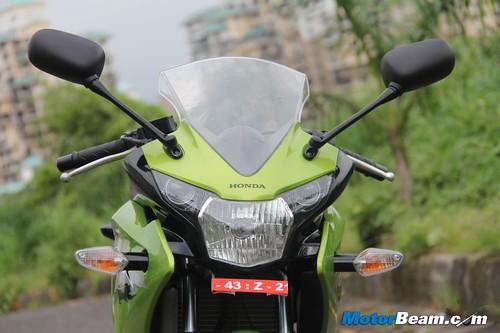 2012-Honda-CBR150R-24