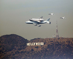 Space Shuttle Endeavour over Hollywood (TrekLightly) Tags: sign last sca flight nasa hollywood retired spaceshuttle 747 gettyimages t38 endeavour n905na shuttlecarrieraircraft ov105 treklightly spotspaceshuttle
