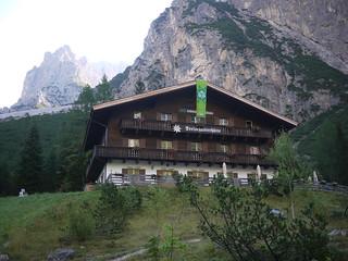 Dreischusterhütte (1635m)