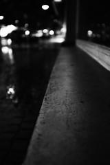 City lights (Fuji X100S) (stefankamert) Tags: stefankamert city street lights highiso availablelight dark black blackandwhite blackwhite dof bokeh alienskin exposure schwarzweis bw sw noir noiretblanc fujifilm fuji x100 x100s highlights rain