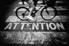 (Jack_from_Paris) Tags: l1010452bw leica m type 240 10770 leicaelmaritm28mmf28asph 11606 dng mode lightroom capture nx2 rangefinder tlmtrique bw noiretblanc noir et blanc monochrom wide angle street photo marquage contraste vlo bike bicyclette au sol